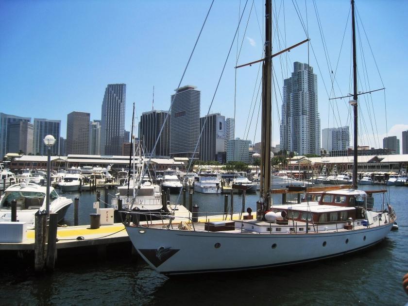 Miami International Boat Show< 2022