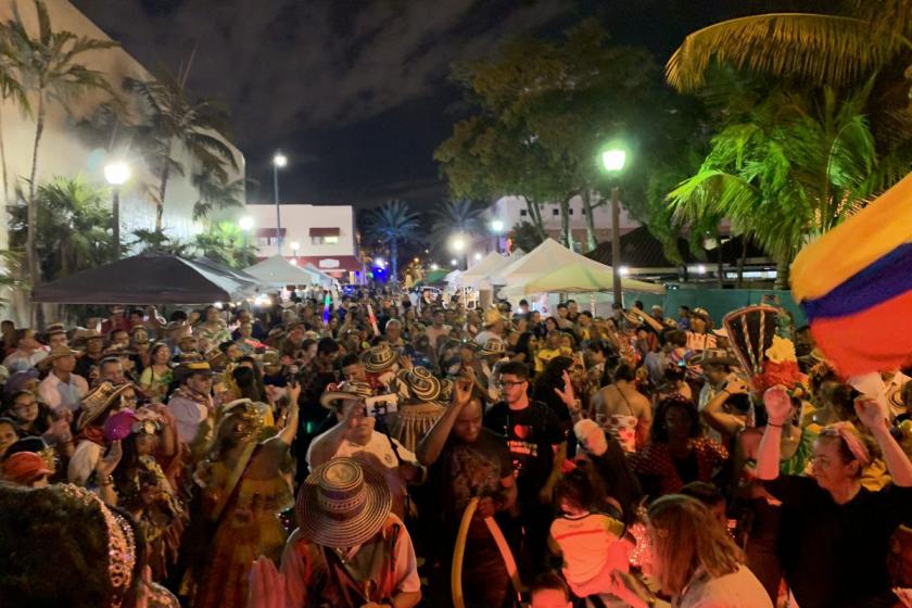Vieners Culturales, un festival sur la culture latine au coeur de la Calle Ocho à Little Havana à Miami