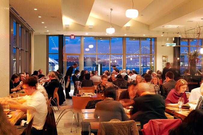 The Slanted Door l'un des meilleurs bars avec vue de San Francisco à découvrir lors d'une visite de San Francisco